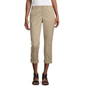 NWT a.n.a Twill Chino Crop In Henna Color